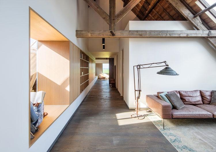 w12_Zecc_Architecten_Woonboerderij_Utrecht_wood_conc.JPG
